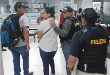 Dora Vallejos se entregó anoche a las autoridades