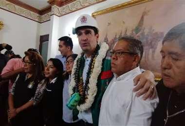 Leyes llegó a su oficina en la Alcaldía de Cochabamba este viernes al mediodía. Foto: Humberto Aillón