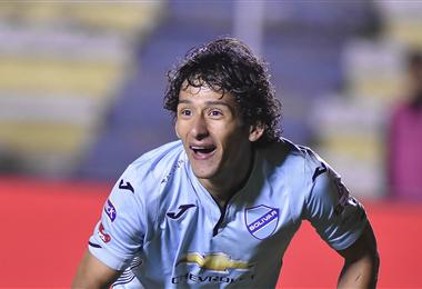 Víctor Ábrego, goleador y titular en Bolívar. Foto. Archivo DIEZ