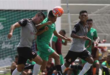 Oriente y Real se volverán a enfrentar por segunda vez este año. El mes pasado jugaron un amistoso en San Antonio. Foto. Hernán Virgo