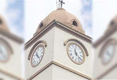 El templo, sede de festivales de música barroca, con nuevo reloj
