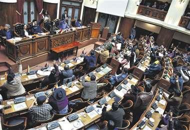 Esta es una de las sesiones de la Asamblea Legislativa, donde actualmente el MAS tiene dos tercios. Foto: APG noticias
