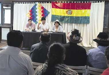 Ayer, Morales se reunió con dirigentes del Pacto de Unidad y con el candidato Luis Arce
