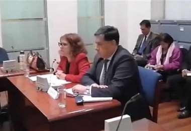 Juan Lanchipa se presentó junto a su abogada