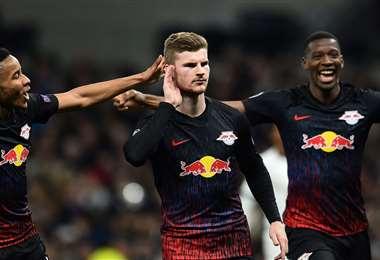 Timo Werner (centro) marcó el único gol de penal para el cuadro alemán. Foto. AFP