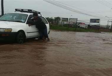 Las inundaciones son un problema en la capital cruceña