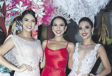 Reinas. María René Rivero, Emiliana Velásquez y Aitana Tufiño . Foto: Ángel Farell