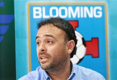 Juan Jordán lamenta que los representantes del arquero Rubén Cordano no respondan a la última propuesta que le hizo Blooming. Foto: Ricardo Montero