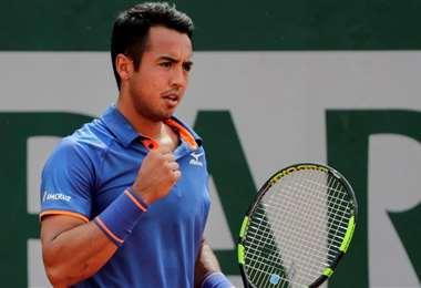 Hugo Dellien buscará este lunes su primera victoria en el año. Debutará en el ATP 250 de Santiago. Foto: Internet