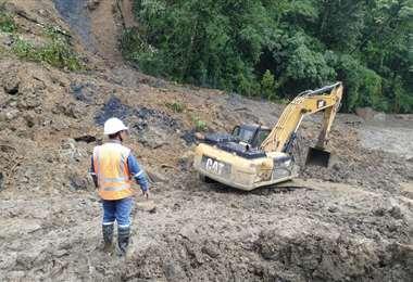 La ABC trabaja para habilitar el tramo en El Sillar, afectado por deslizamientos. Foto: ABC