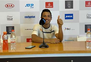 El boliviano recuperó la sonrisa. Ganó su primer triunfo del año en Santiago. Foto. @chile_open