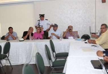 Añez en reunión en Tiquipaya