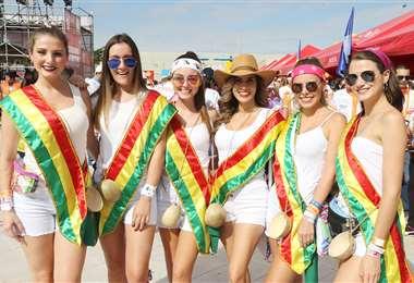 Ellas. Valeria Saucedo, Flavia Fernández, Luciana Rivero, Carolina Rodas, Renata Moreno y Luciana Adriázola. Foto: Ángel Farell