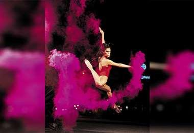 Talentosa. Tiene destreza para el baile. Foto: FOTOS. DANIEL CHIN