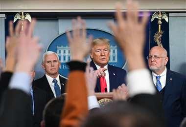 El presidente Trump ofreció una conferencia esta jornada para hacer un balance de los casos confirmados. Foto: AFP