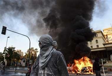 Las protestas son constantes en Chile. Se han dado decenas de detenidos. (Foto: AFP)