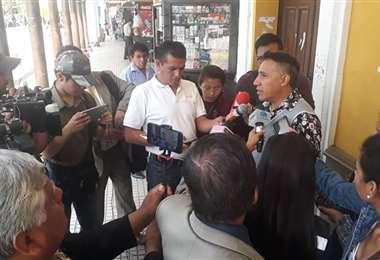 Willam Montaño en plena entrevista sobre el tema