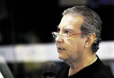 Raúl Hevia estuvo en el programa radial ¡Qué semana! que se emite por EL DEBER Radio. Foto: Ricardo Montero