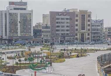 Así se ven las calles de Teherán durante este lunes: casi totalmente vacías.