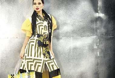 Arranque. 40 magníficas, 12 diseñadores y 12 tiendas le darán vida al Bolivia Moda 2020 en la Fexpo, a las 22:15. . Foto:  Pablo Manzoni