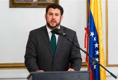 David Smolansky, Comisionado por la OEA