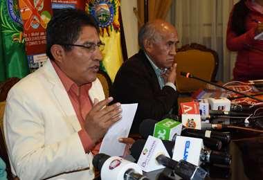La autoridad departamental en conferencia de prensa I Foto: Gobernación.