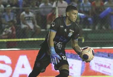 Rubén Cordano disputó partidos del Apertura con la camiseta de Blooming. Foto: Fuad Landívar