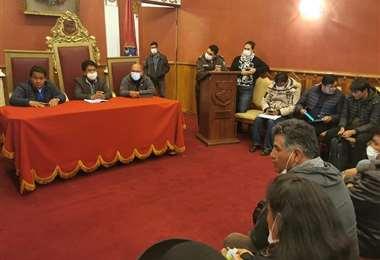 Reunión de emergencia en Oruro