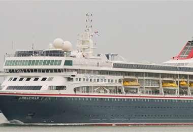 El crucero británico MS Braemar, tiene cinco casos a bordo. Foto: RT