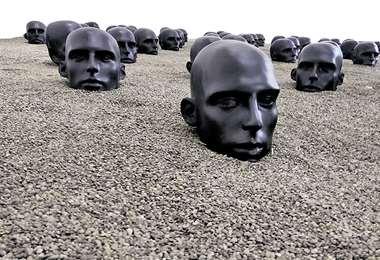 La obra de Valcárcel se expone en el Centro de la Cultura Plurinacional. FOTO: JORGE LUNA
