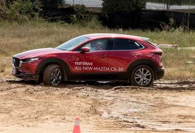 Los asistentes al evento pudieron 'probar' la nueva Mazda CX-30