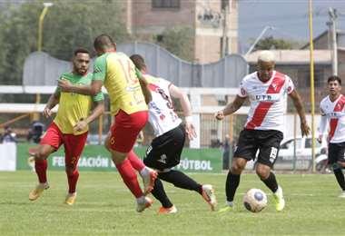 El partido entre Vinto  Always se disputó en Quillacollo. Foto. APG Noticias