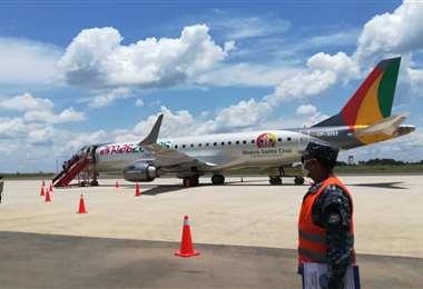 Esta aeronave volará a Cobija. Foto: Ernesto Estremadoiro