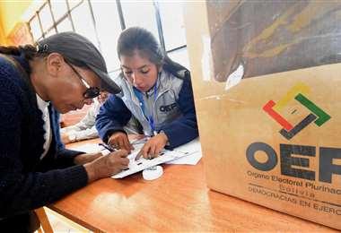 Las Elecciones Generales en el país están previstas para el 3 de mayo. Foto: ABI