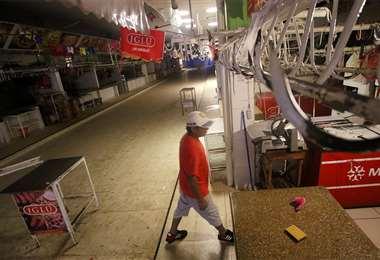 Así lucieron algunos puestos en el mercado Abasto, ante la falta en el abastecimiento de carne de res