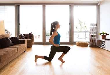 Puedes entrenarte en casa, solo necesitas un teléfono celular. Foto: Internet