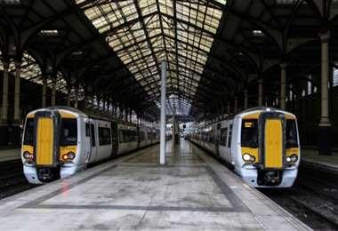 Los trenes británicos deben funcionar pese a la pandemia