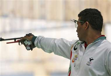 Rudolf Knijnenburg es multicampeón nacional e internacional de tiro deportivo. Foto:DIEZ