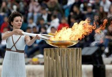 La llama olímpica se encuentra en Fukushima y no se sabe hasta cuándo permanecerá ahí. Foto: Internet
