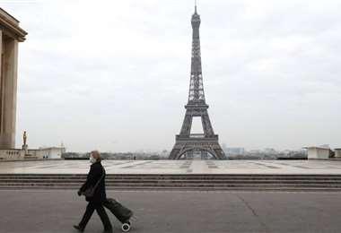 Francia impuso medidas drásticas para contener la pandemia