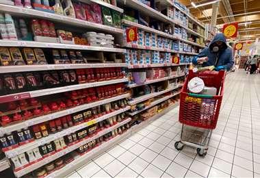 En los supermercados del país se percibe que la demanda de artículo de primera necesidad se ha disparado