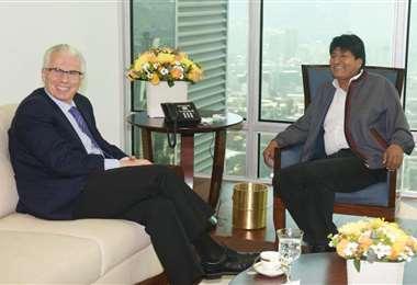 Garzón y Morales en una reunión en septiembre de 2019. Foto de archivo