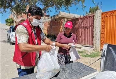 La Gobernación de Tarija brinda ayuda a personas con discapacidad. Foto: Gob. de Tarija