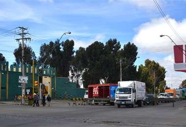 Tránsito de motorizados en la urbe alteña i Foto: APG Noticias.