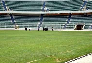 El estadio Hernando Siles es utilizado, sobre todo, por Bolívar Y The Strongest. Foto: Intnet