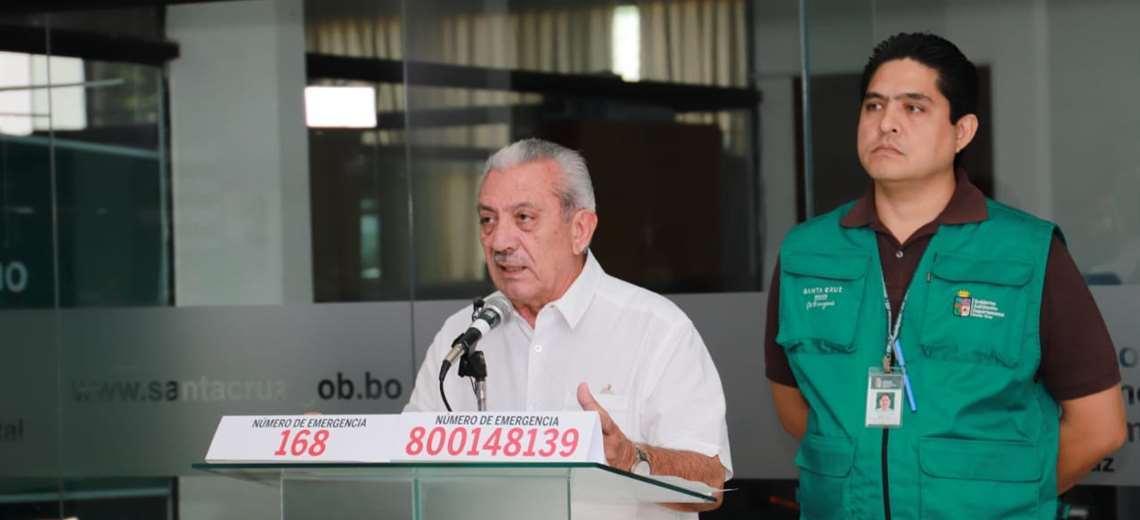 Urenda dice que el hospital tenía 500 trajes de seguridad para ...