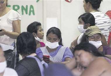 Este centro hospitalario recibe unos 160 pacientes por día, el doble del promedio regular. Foto: Jorge Ibáñez