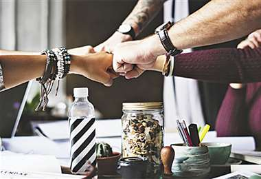 Equipo. Tener un equipo mixto exige de nuevas habilidades, según Deloitte. Foto: Internet