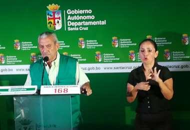 Óscar Urenda informó de dos nuevos casos en Santa Cruz