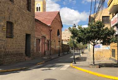 Una de las calles que rodea al Convento Franciscano
